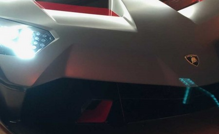 2019 Lamborghini SC18 Alston Headlight Wallpaper 450x275 (16)