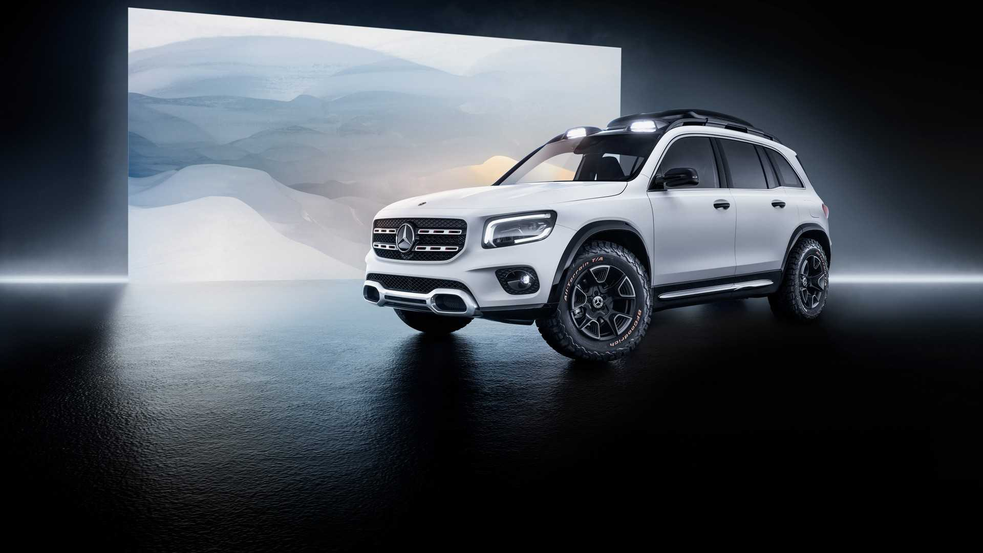 2019 Mercedes-Benz GLB Concept Front Three-Quarter Wallpaper (1)