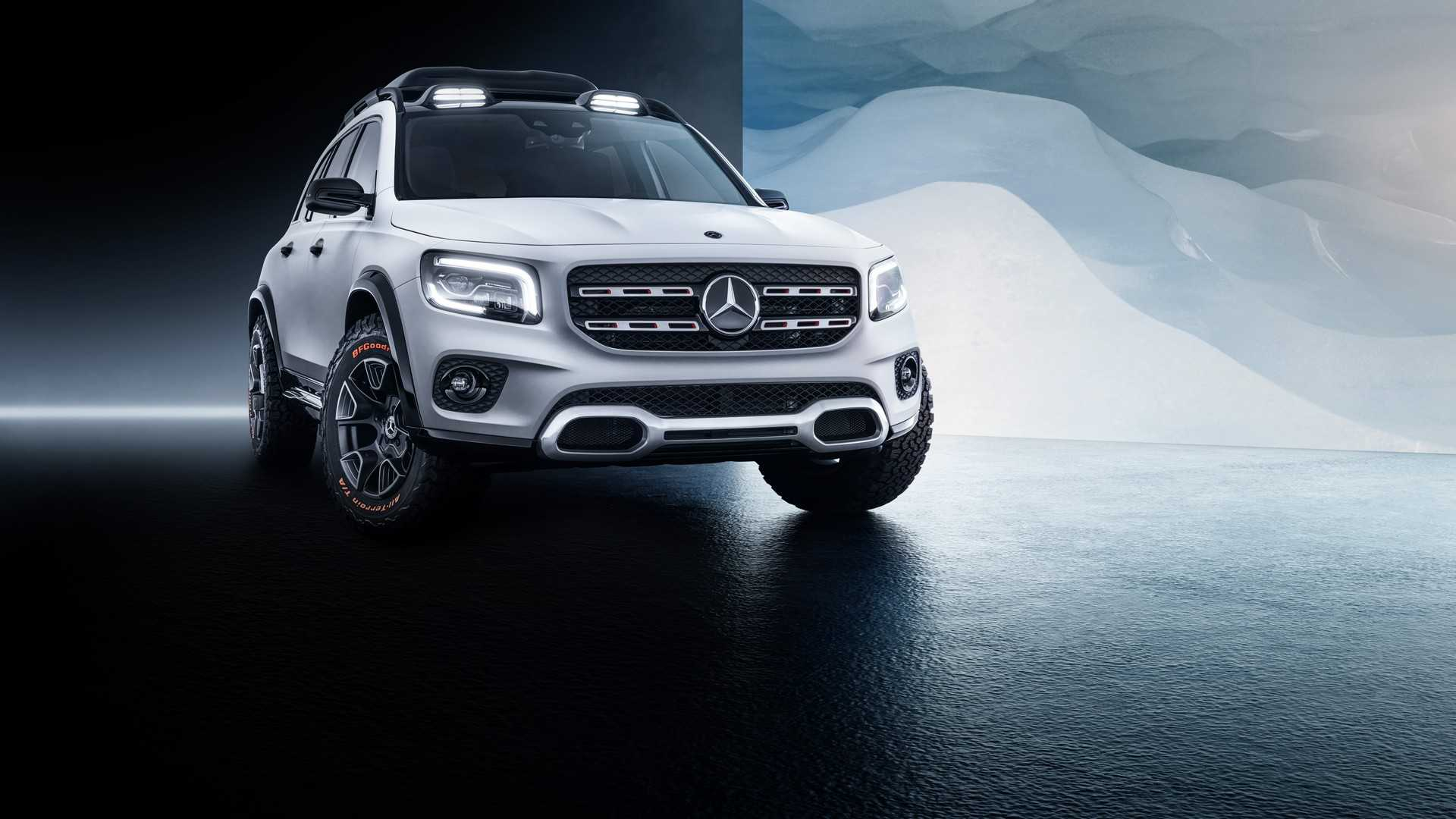2019 Mercedes-Benz GLB Concept Front Wallpaper (6)