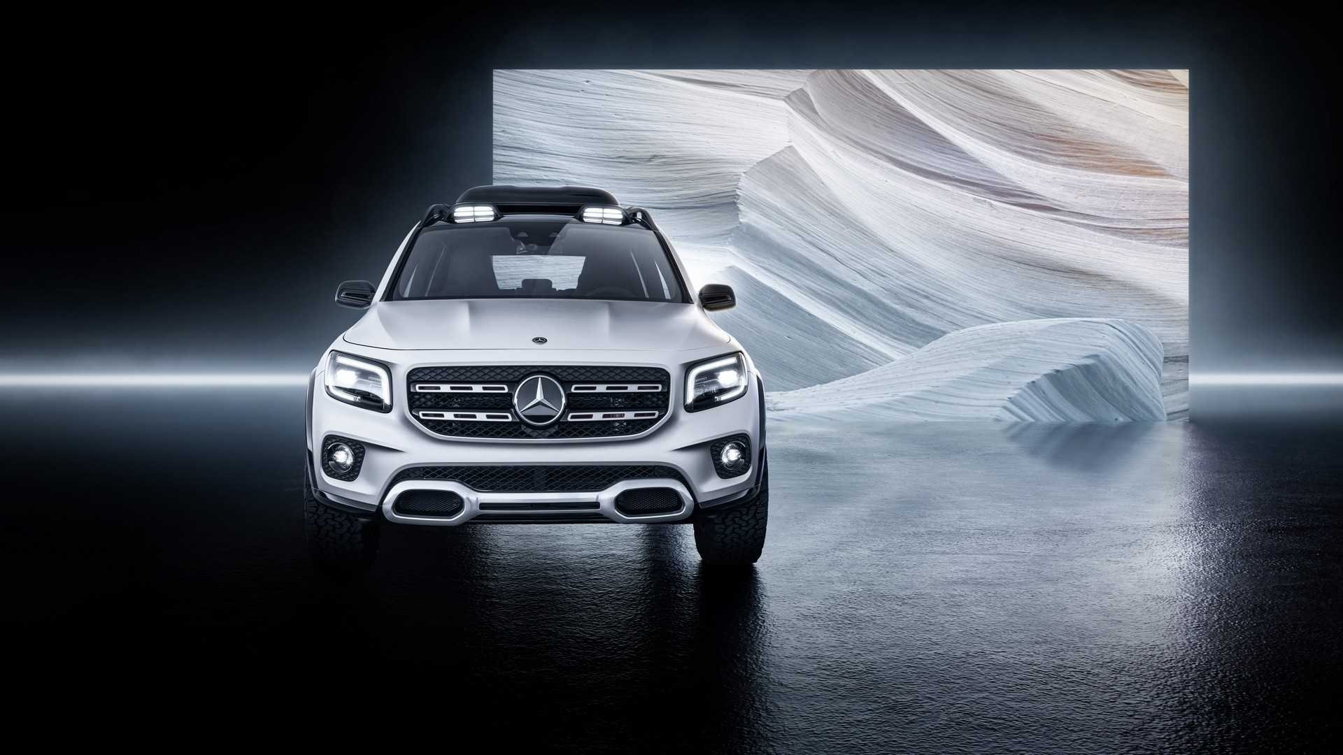 2019 Mercedes-Benz GLB Concept Front Wallpaper (8)