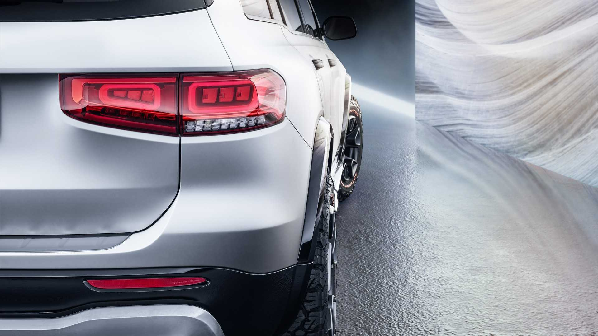 2019 Mercedes-Benz GLB Concept Tail Light Wallpaper (13)