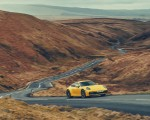 2019 Porsche 911 (992) Carrera 4S (UK-Spec) Front Three-Quarter Wallpaper 150x120 (12)
