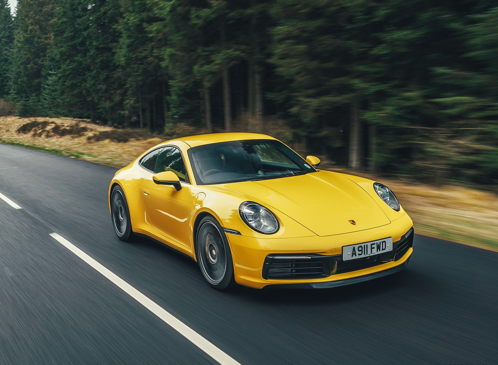 2019 Porsche 911 (992) Carrera 4S (UK-Spec) Front Three-Quarter Wallpaper (2)