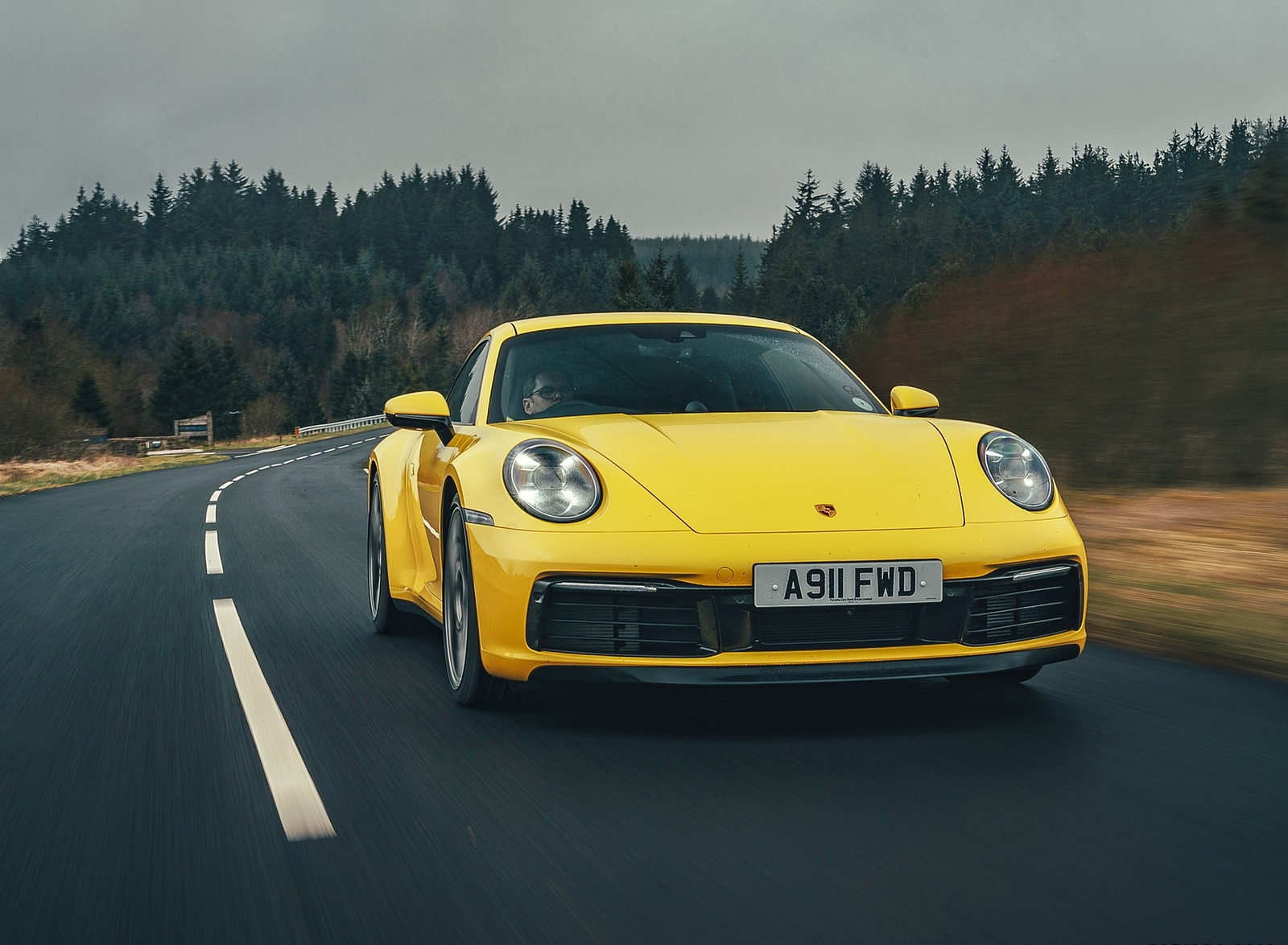 2019 Porsche 911 (992) Carrera 4S (UK-Spec) Front Wallpaper (1)
