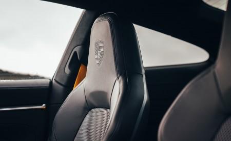 2019 Porsche 911 (992) Carrera 4S (UK-Spec) Interior Seats Wallpaper 450x275 (28)