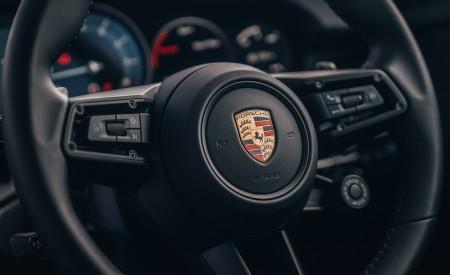 2019 Porsche 911 (992) Carrera 4S (UK-Spec) Interior Steering Wheel Wallpaper 450x275 (26)