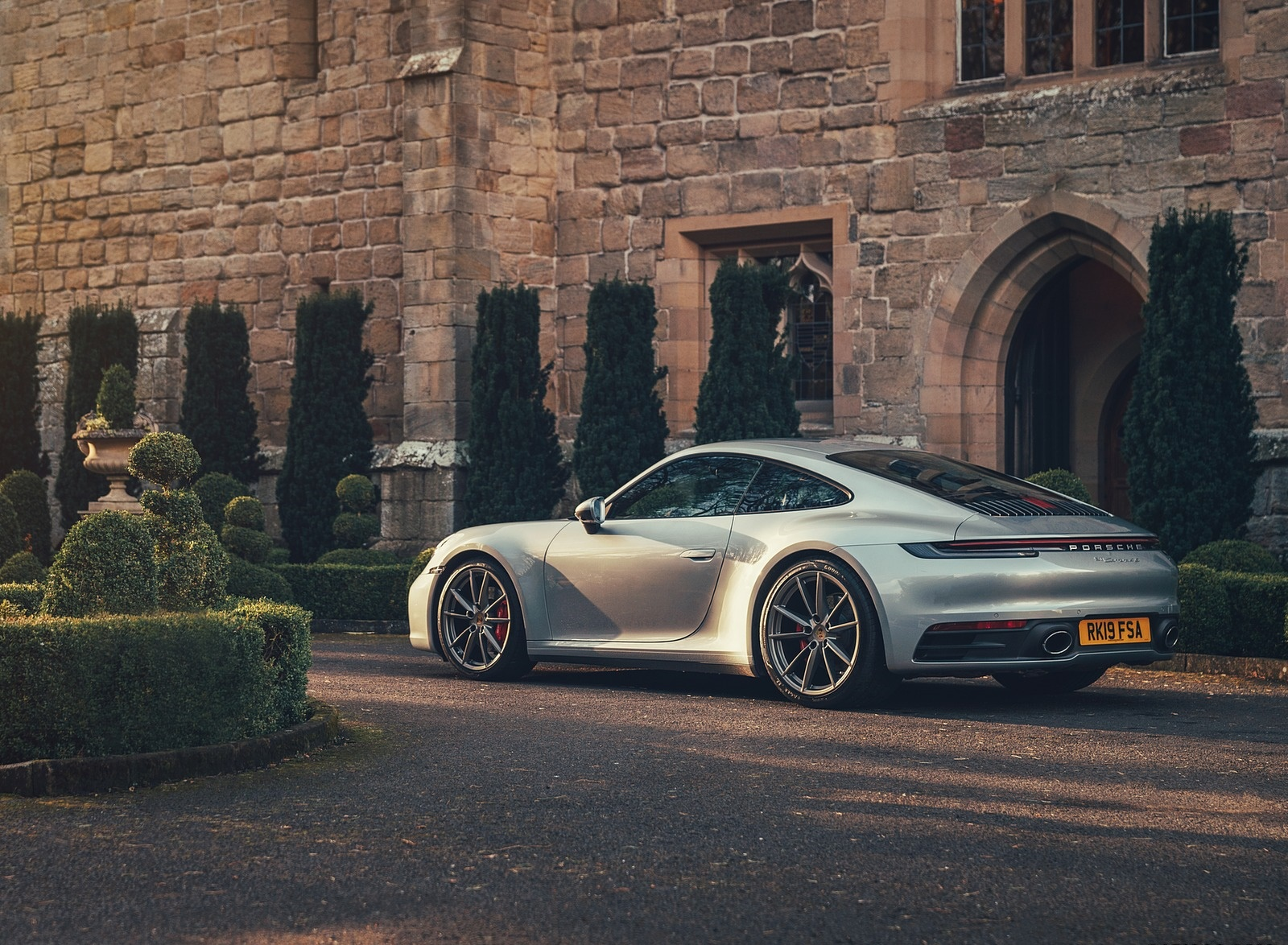 2019 Porsche 911 (992) Carrera 4S (UK-Spec) Rear Three-Quarter Wallpaper (11)