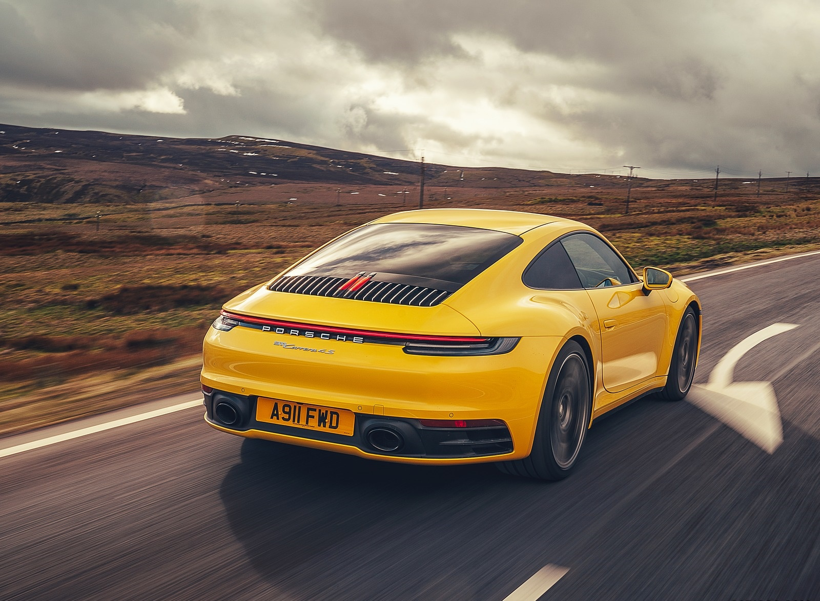 2019 Porsche 911 (992) Carrera 4S (UK-Spec) Rear Three-Quarter Wallpaper (4)