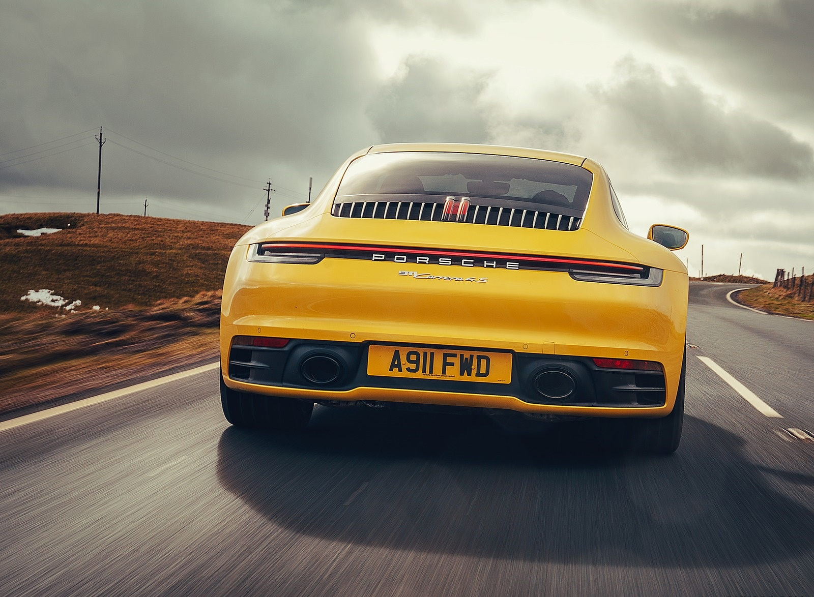 2019 Porsche 911 (992) Carrera 4S (UK-Spec) Rear Wallpaper (10)