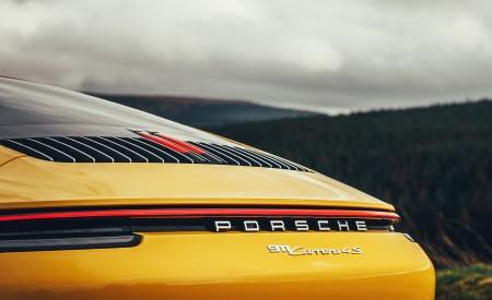 2019 Porsche 911 (992) Carrera 4S (UK-Spec) Spoiler Wallpaper 450x275 (20)