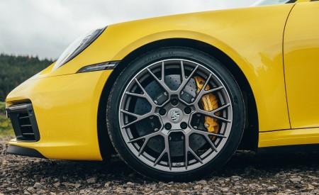 2019 Porsche 911 (992) Carrera 4S (UK-Spec) Wheel Wallpaper 450x275 (18)