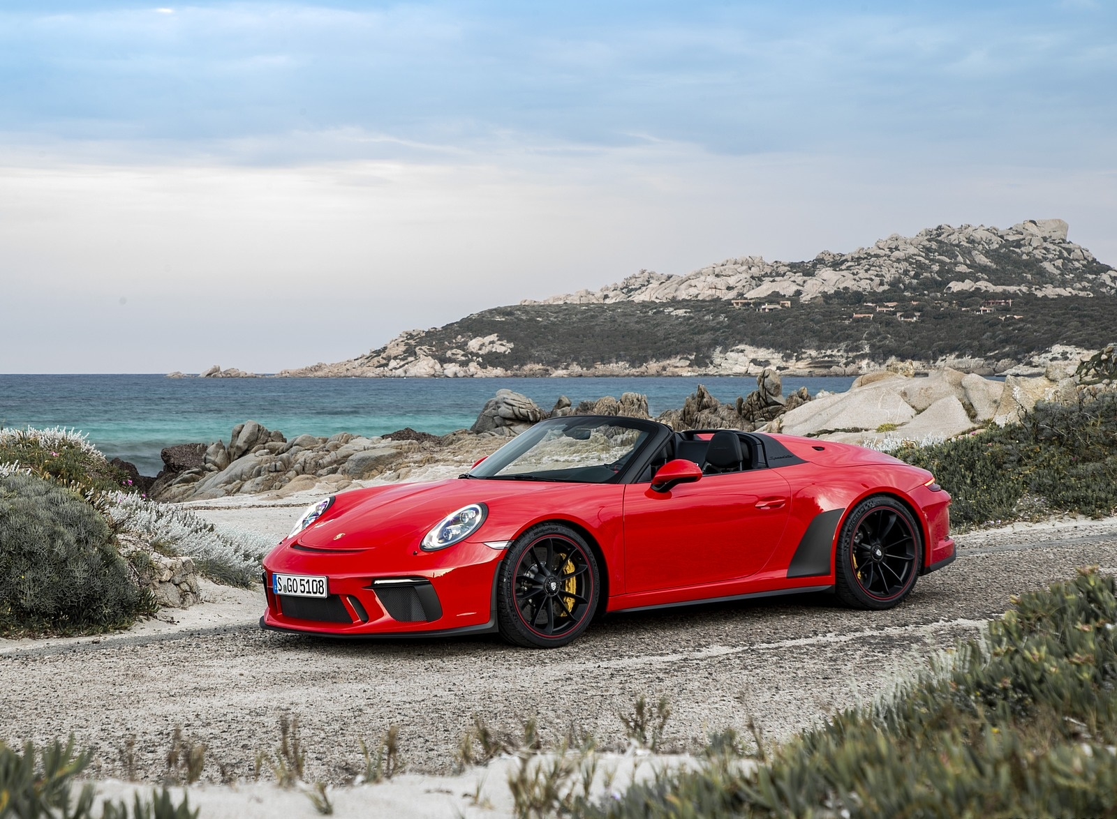 2019 Porsche 911 Speedster (Color: Guards Red) Front Three-Quarter Wallpapers (8)