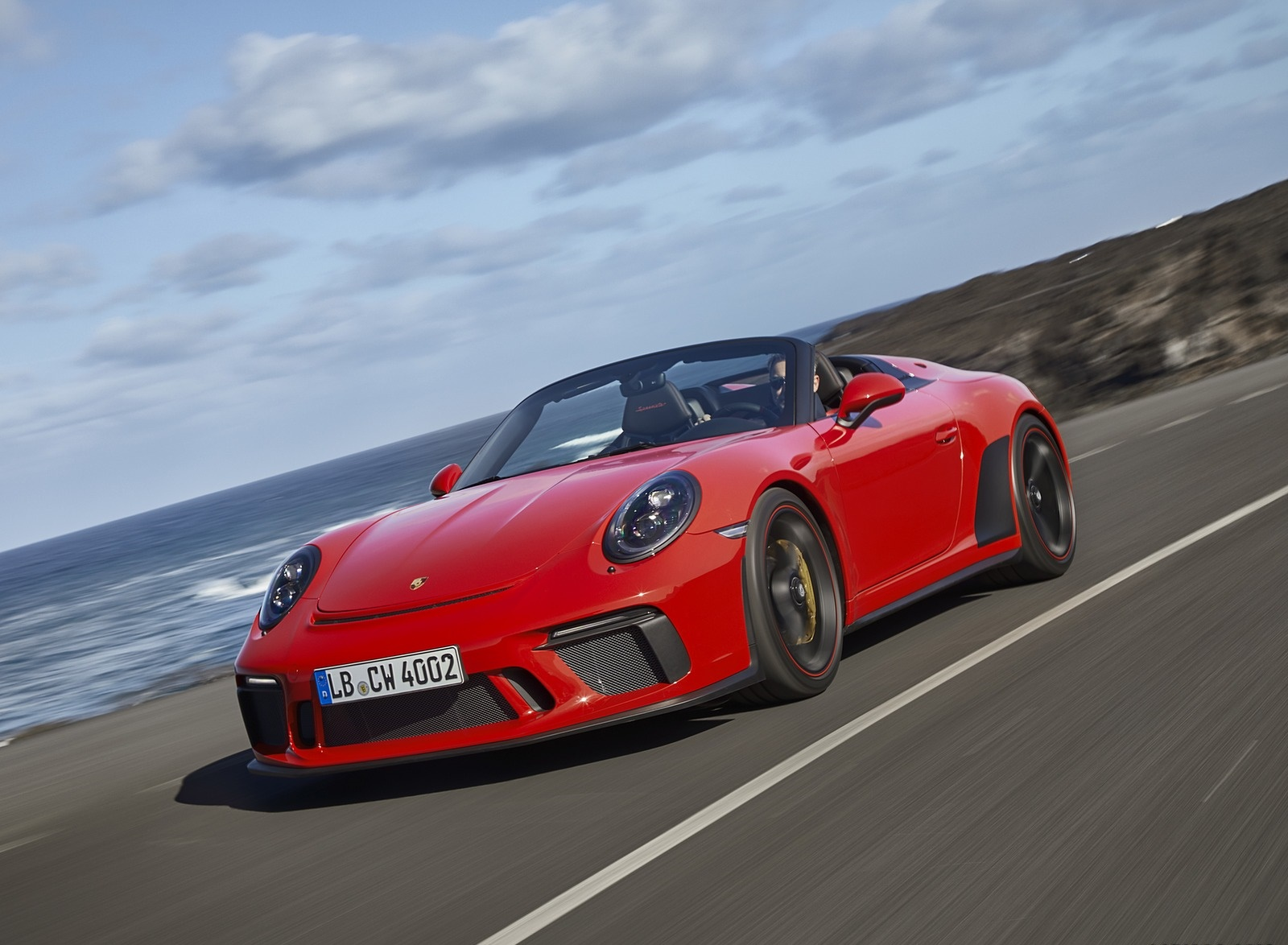 2019 Porsche 911 Speedster (Color: Guards Red) Front Three-Quarter Wallpapers (2)