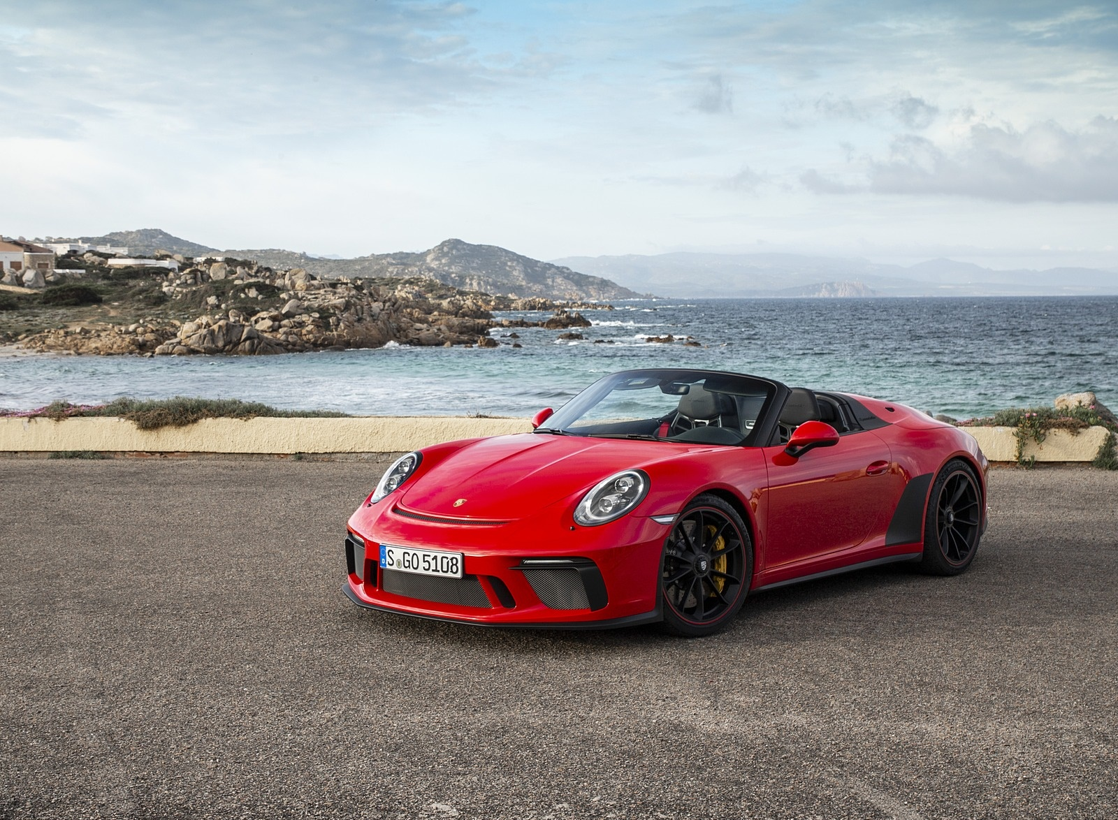 2019 Porsche 911 Speedster (Color: Guards Red) Front Three-Quarter Wallpapers (9)