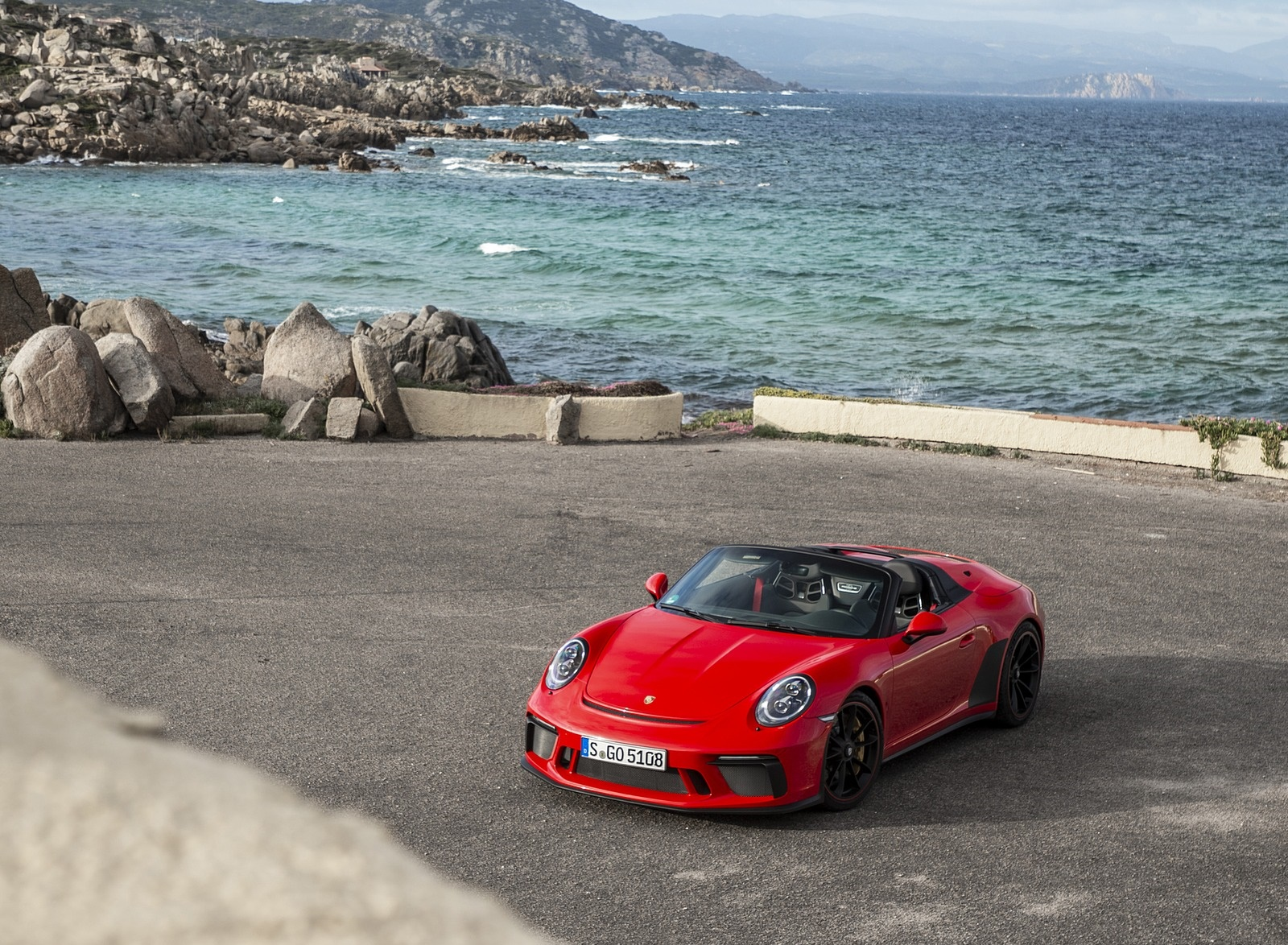 2019 Porsche 911 Speedster (Color: Guards Red) Front Three-Quarter Wallpapers (10)