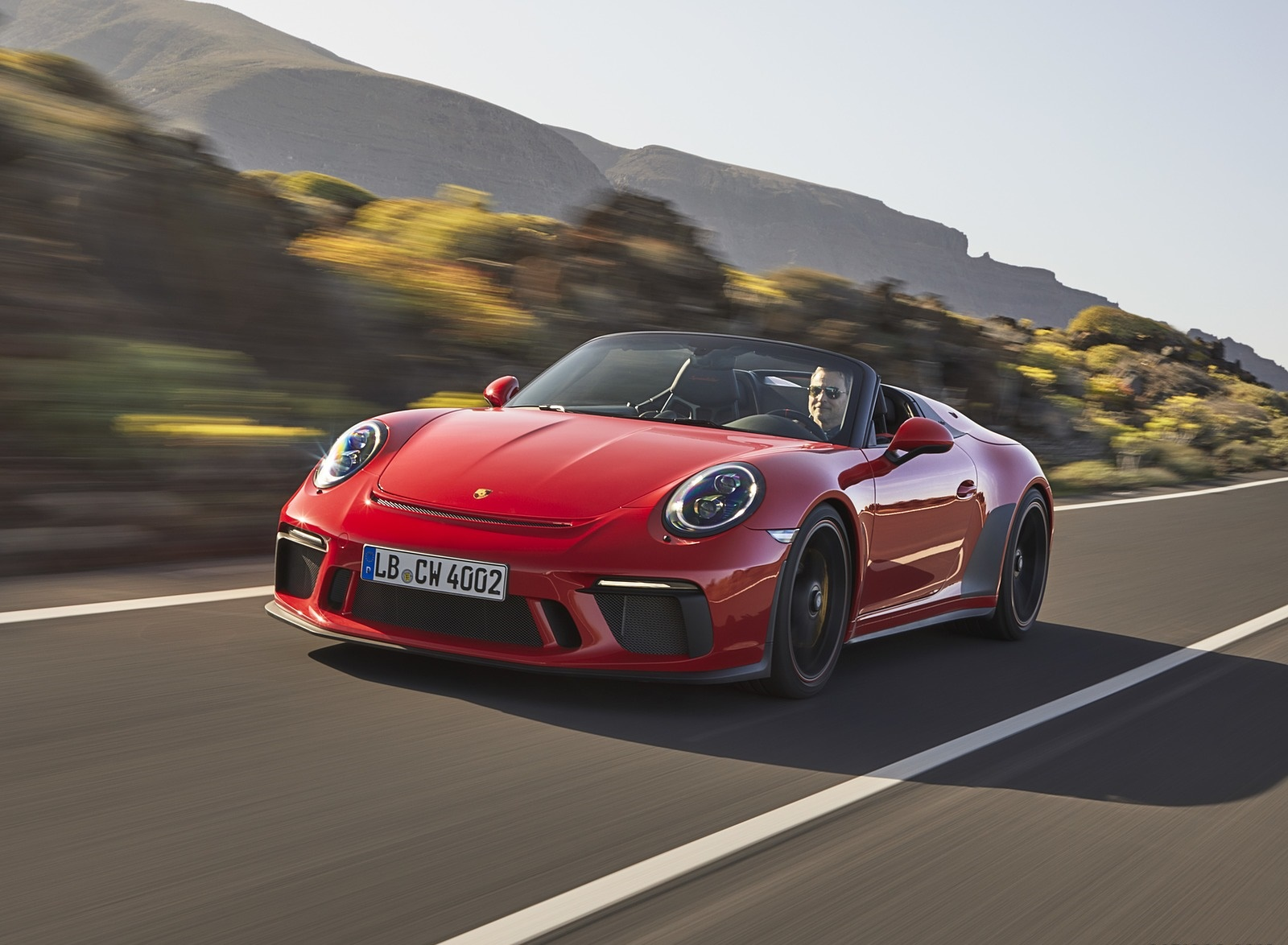 2019 Porsche 911 Speedster (Color: Guards Red) Front Wallpapers (5)