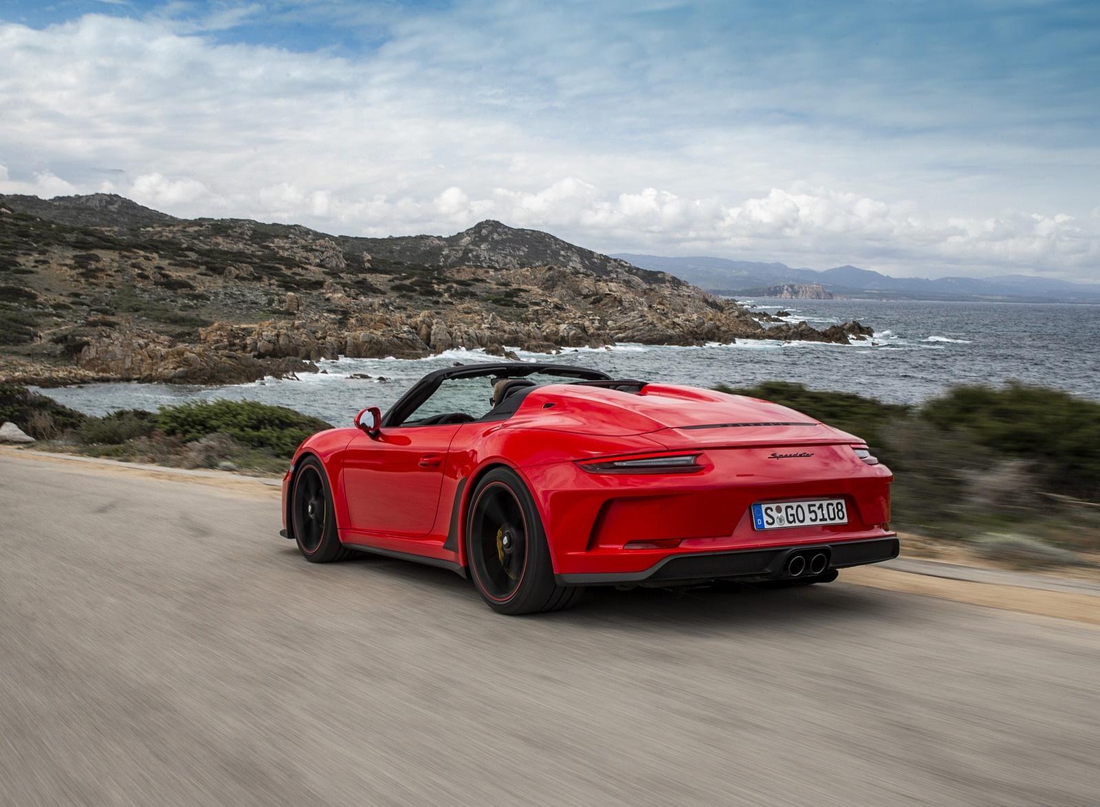 2019 Porsche 911 Speedster (Color: Guards Red) Rear Three-Quarter Wallpapers (15)