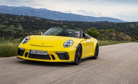 2019 Porsche 911 Speedster Front Three-Quarter Wallpapers 450x275 (42)