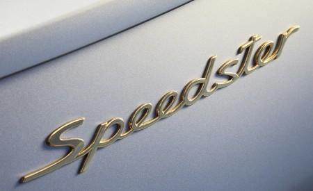 2019 Porsche 911 Speedster with Heritage Design Package Badge Wallpapers 450x275 (58)
