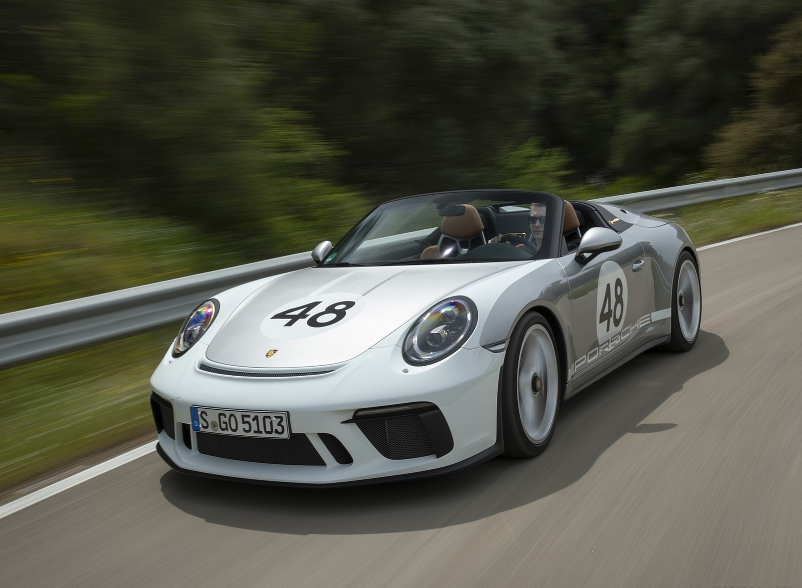 2019 Porsche 911 Speedster with Heritage Design Package Front Three-Quarter Wallpapers (4)