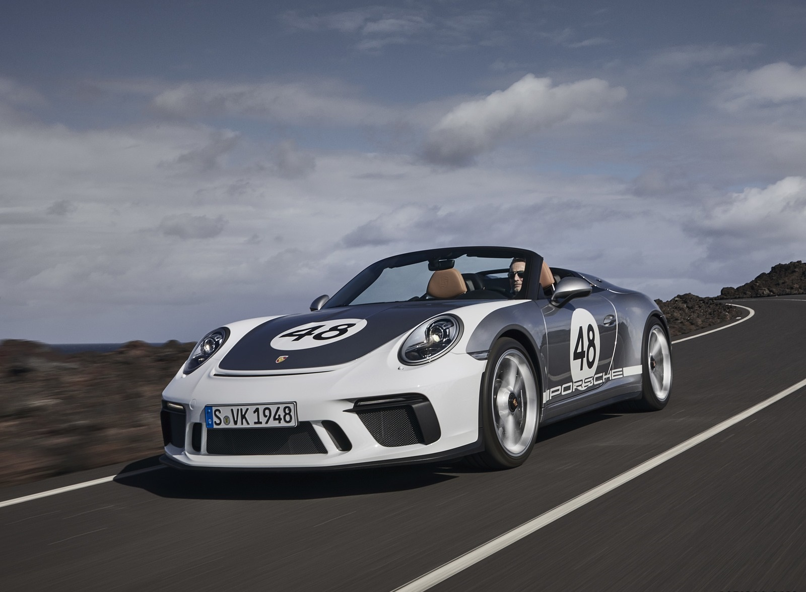 2019 Porsche 911 Speedster with Heritage Design Package Front Three-Quarter Wallpapers (5)