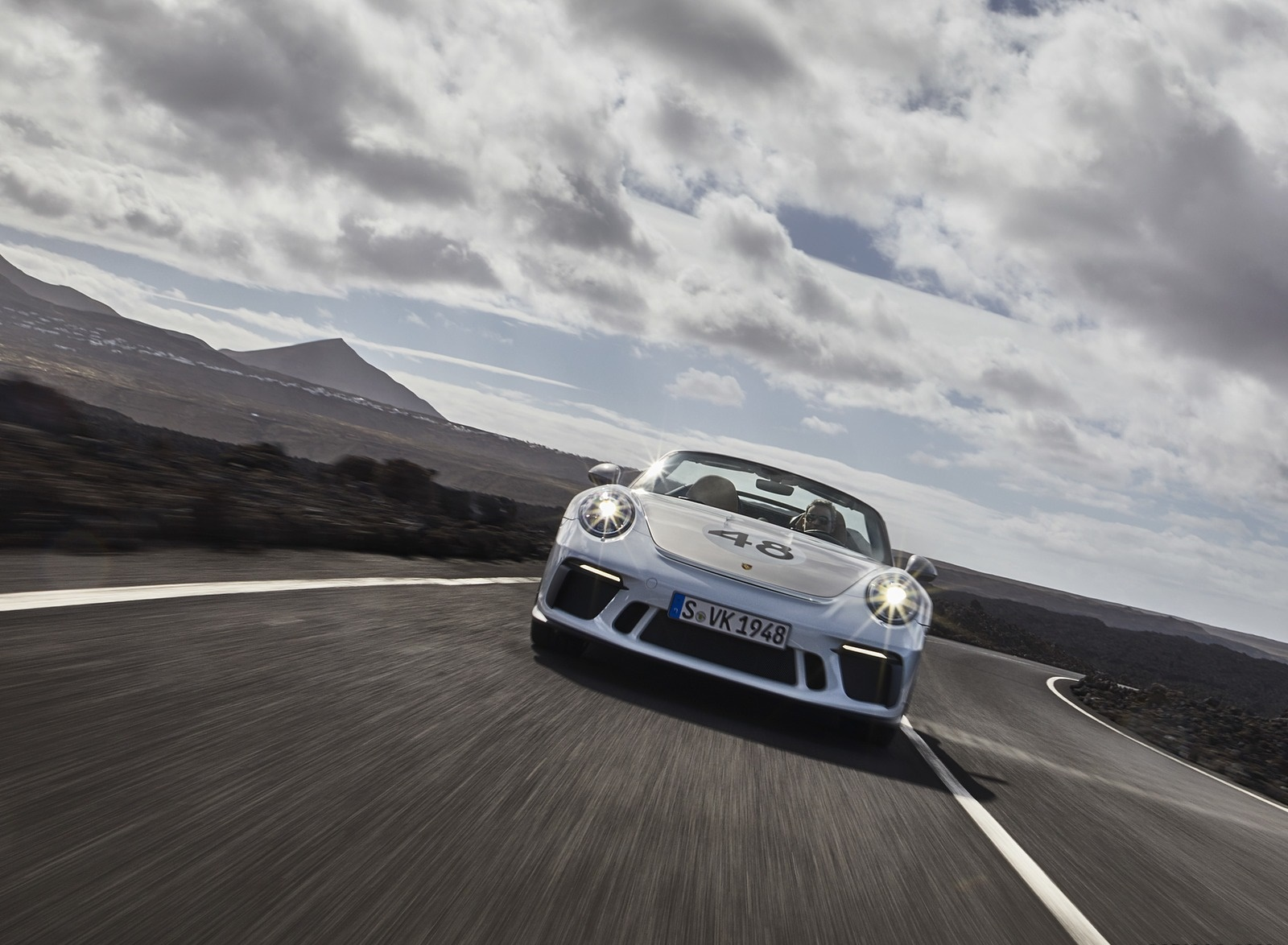 2019 Porsche 911 Speedster with Heritage Design Package Front Wallpapers (7)