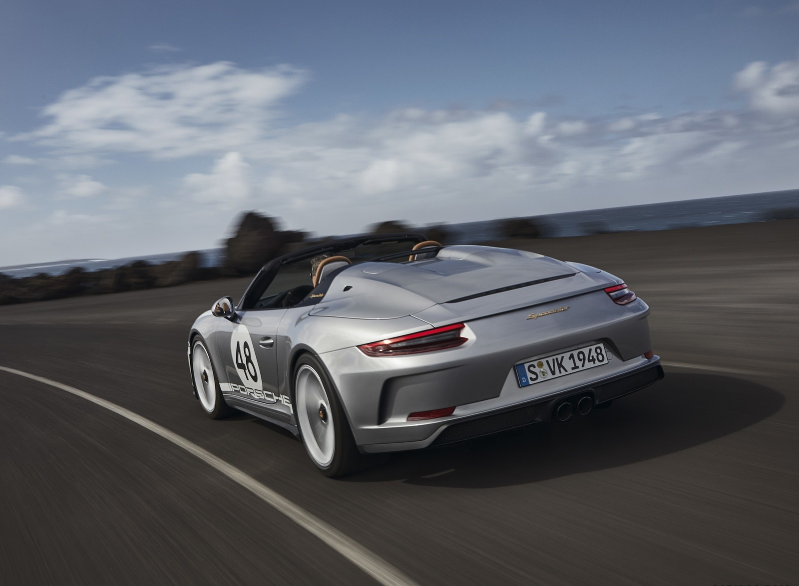 2019 Porsche 911 Speedster with Heritage Design Package Rear Three-Quarter Wallpapers (9)