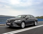 2019 Toyota Camry Hybrid (Euro-Spec) Front Three-Quarter Wallpapers 150x120 (16)