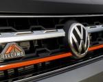 2019 Volkswagen Atlas Basecamp Concept Badge Wallpapers 150x120 (21)