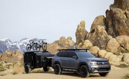 2019 Volkswagen Atlas Basecamp Concept Front Three-Quarter Wallpaper 450x275 (7)