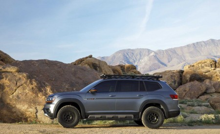 2019 Volkswagen Atlas Basecamp Concept Side Wallpaper 450x275 (16)