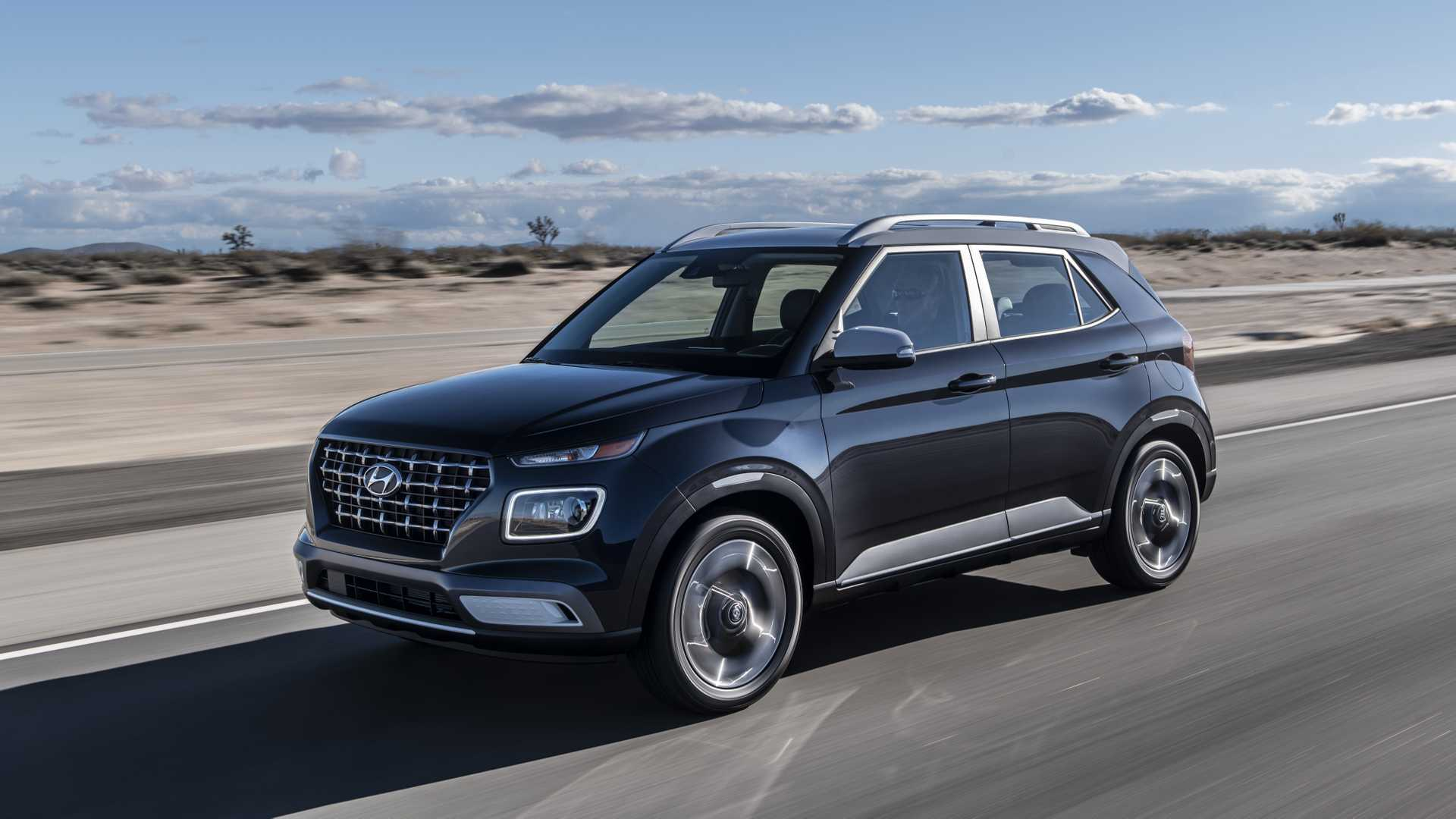 2020 Hyundai Venue Front Three-Quarter Wallpapers (1)