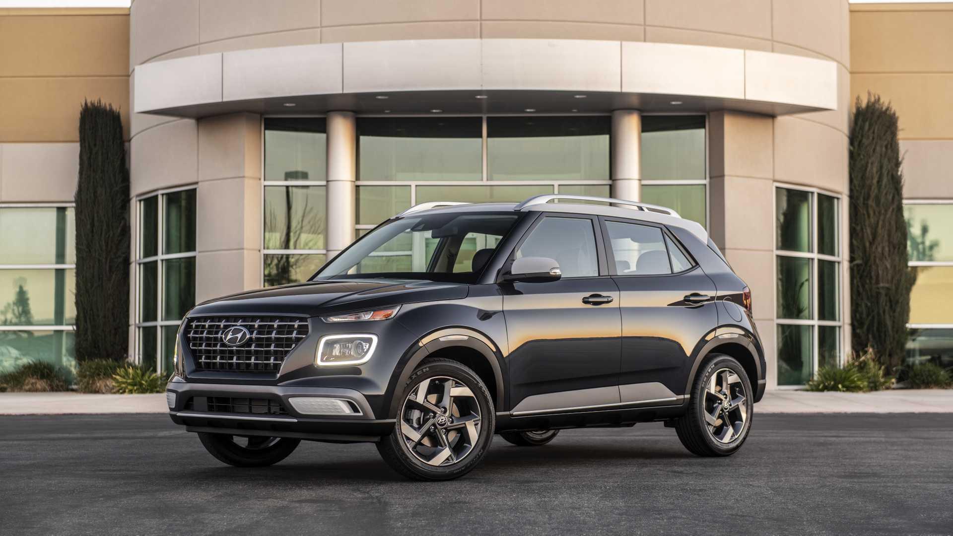 2020 Hyundai Venue Front Three-Quarter Wallpapers (7)