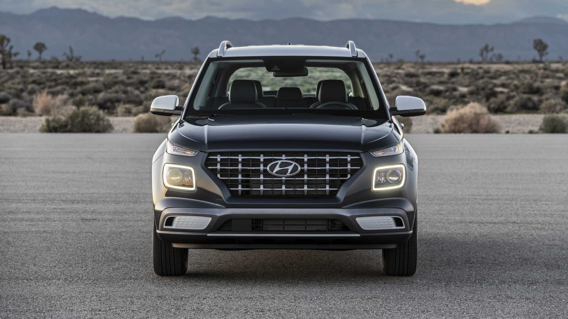 2020 Hyundai Venue Front Wallpapers (8)