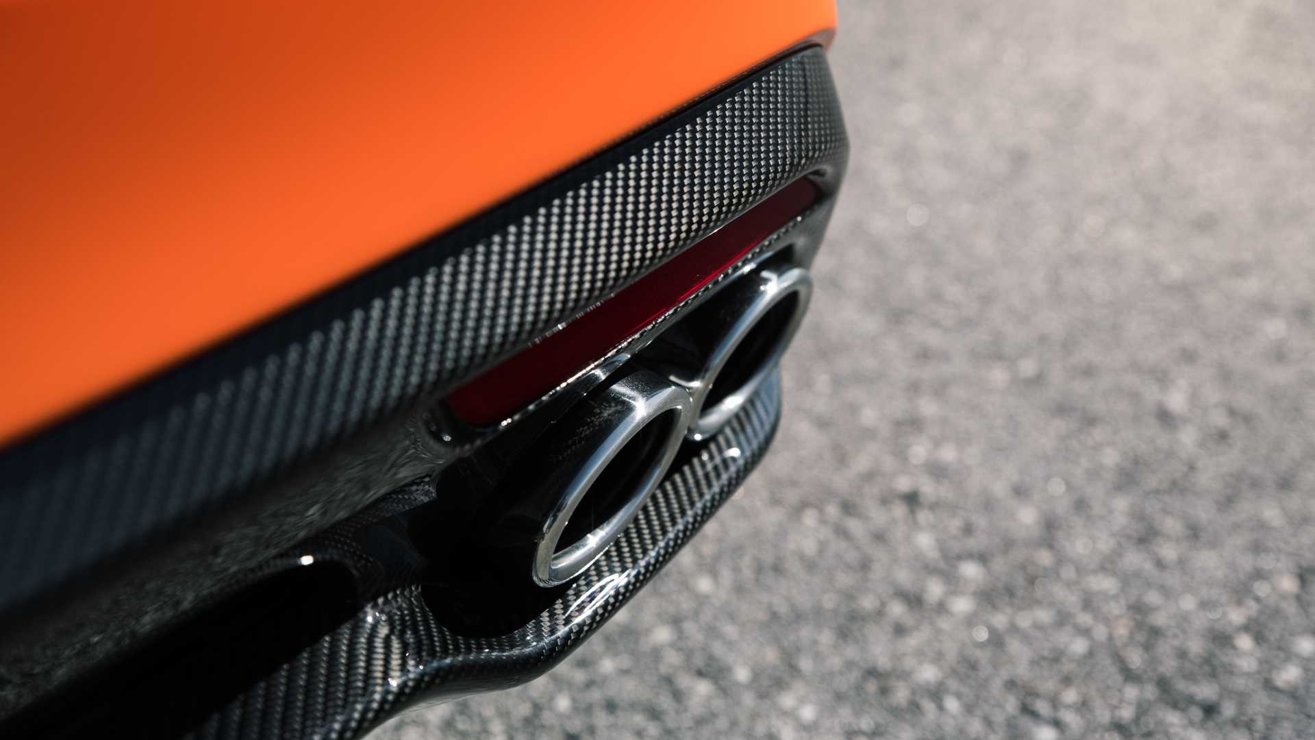 2020 Kia Stinger GTS Exhaust Wallpapers (12)