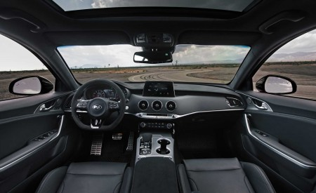 2020 Kia Stinger GTS Interior Wallpapers 450x275 (16)