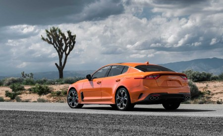 2020 Kia Stinger GTS Rear Three-Quarter Wallpapers 450x275 (5)