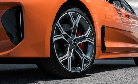 2020 Kia Stinger GTS Wheel Wallpaper 450x275 (7)