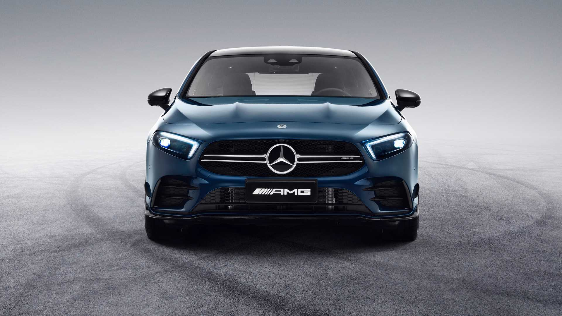 2020 Mercedes-AMG A35 L Sedan 4MATIC Front Wallpaper (6)