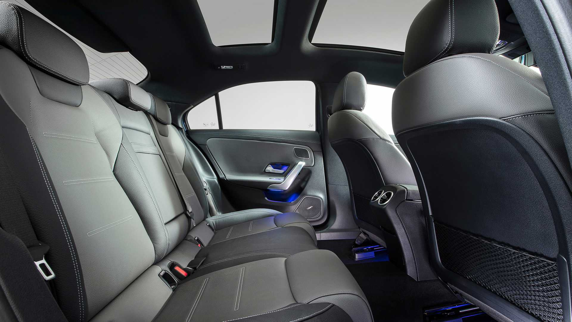 2020 Mercedes-AMG A35 L Sedan 4MATIC Interior Rear Seats Wallpaper (11)