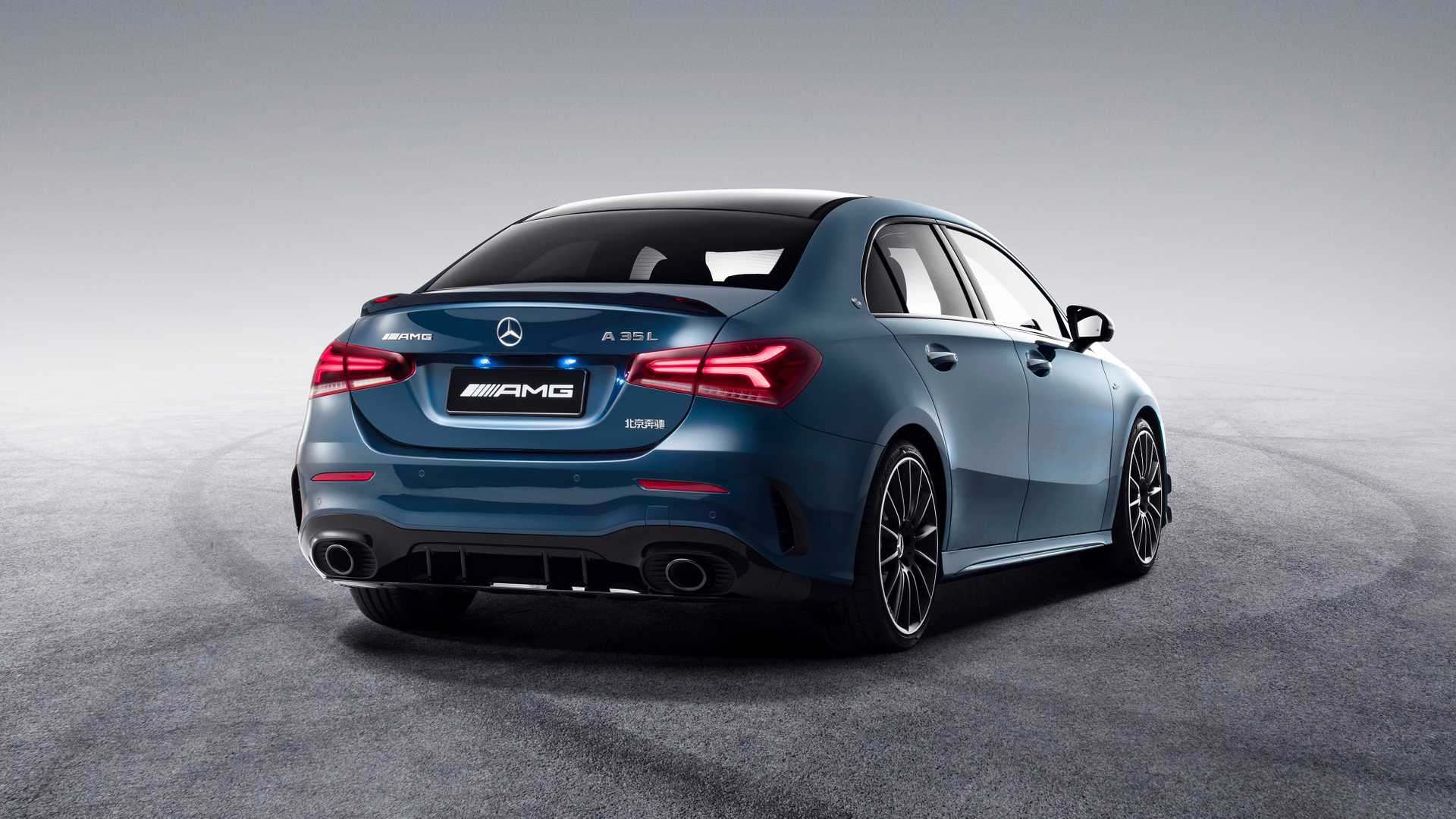 2020 Mercedes-AMG A35 L Sedan 4MATIC Rear Three-Quarter Wallpaper (5)