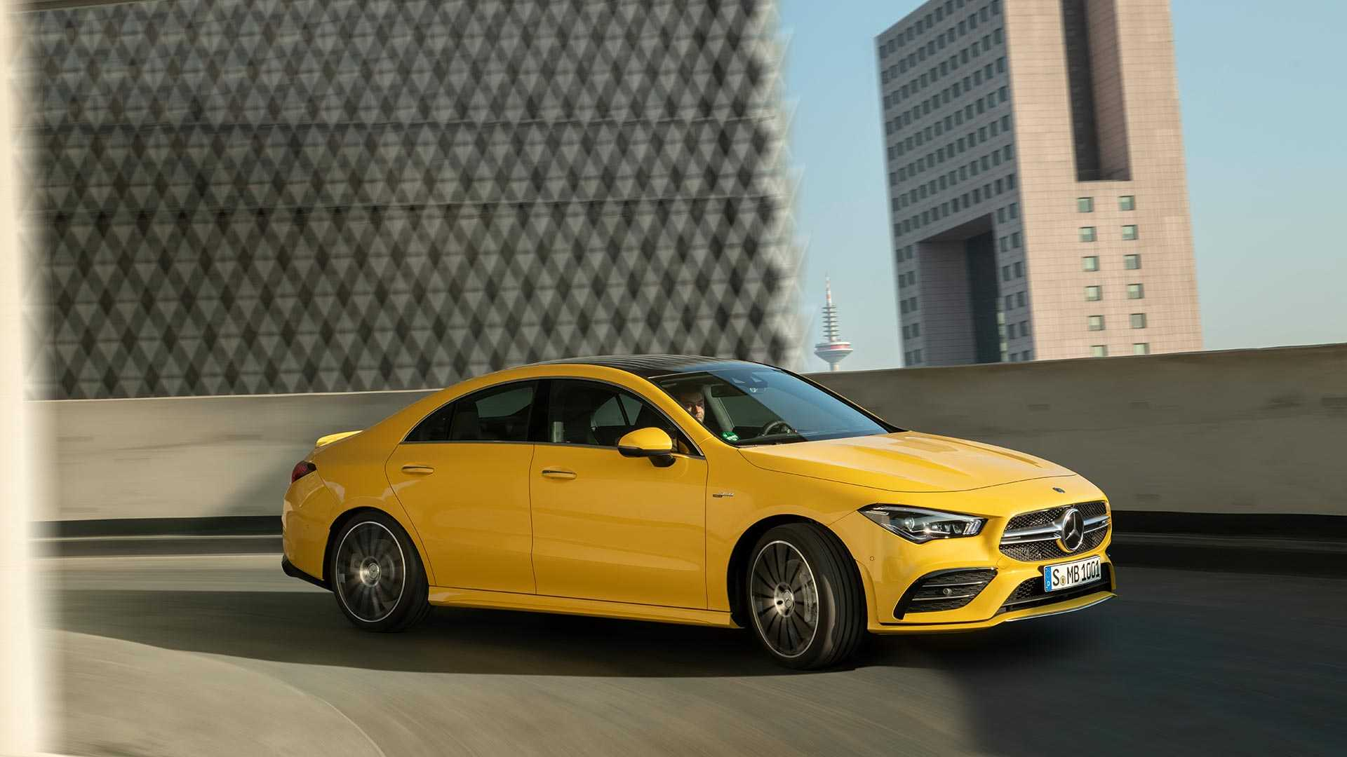 2020 Mercedes-AMG CLA 35 4MATIC (Color: Sun Yellow) Front Three-Quarter Wallpapers (2)