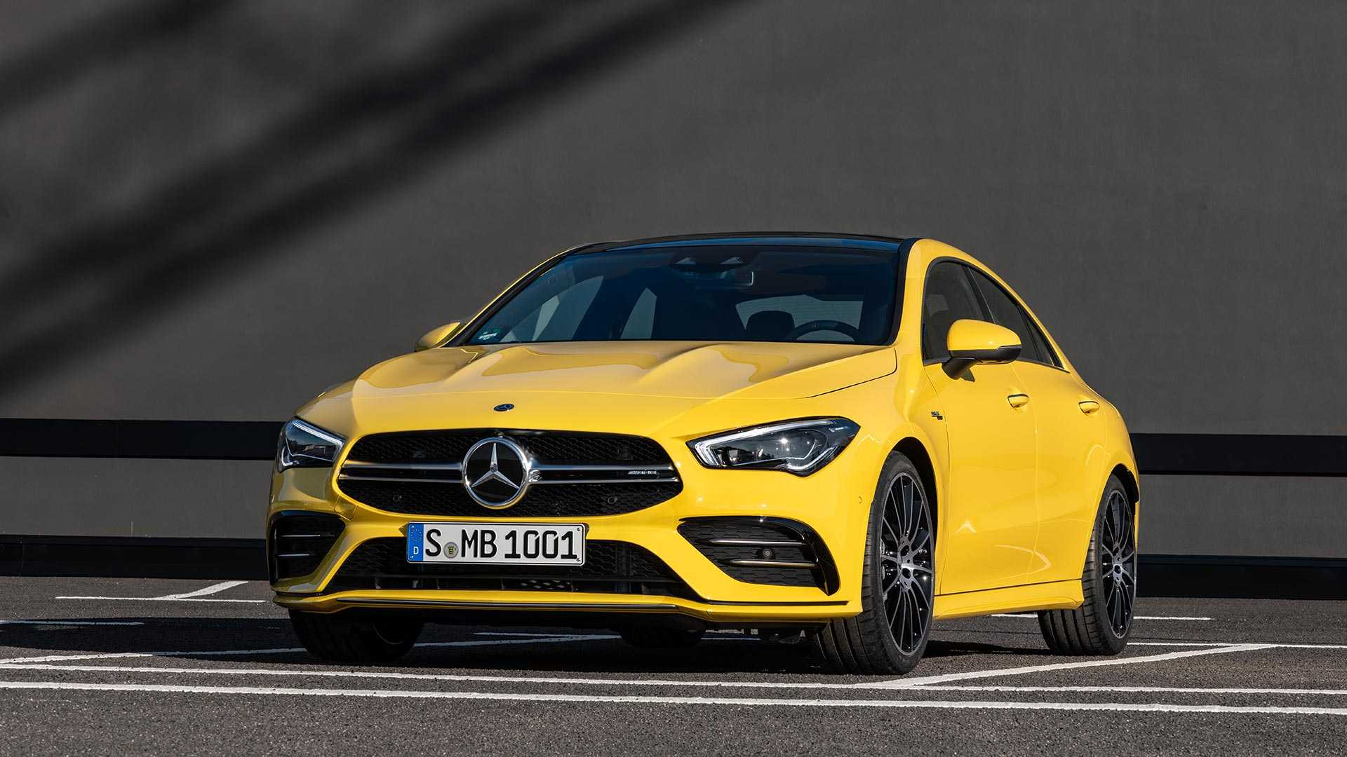 2020 Mercedes-AMG CLA 35 4MATIC (Color: Sun Yellow) Front Wallpapers (15)