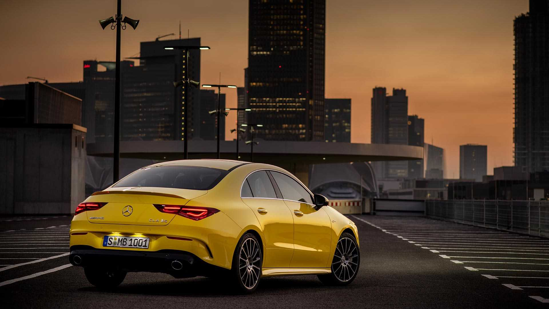 2020 Mercedes-AMG CLA 35 4MATIC (Color: Sun Yellow) Rear Three-Quarter Wallpapers (8)