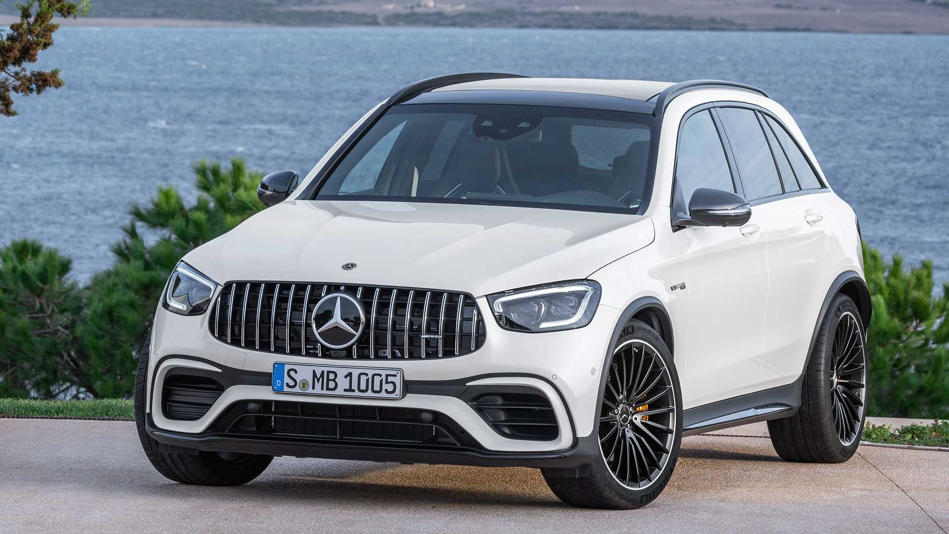2020 Mercedes-AMG GLC 63 Front Wallpapers (13)