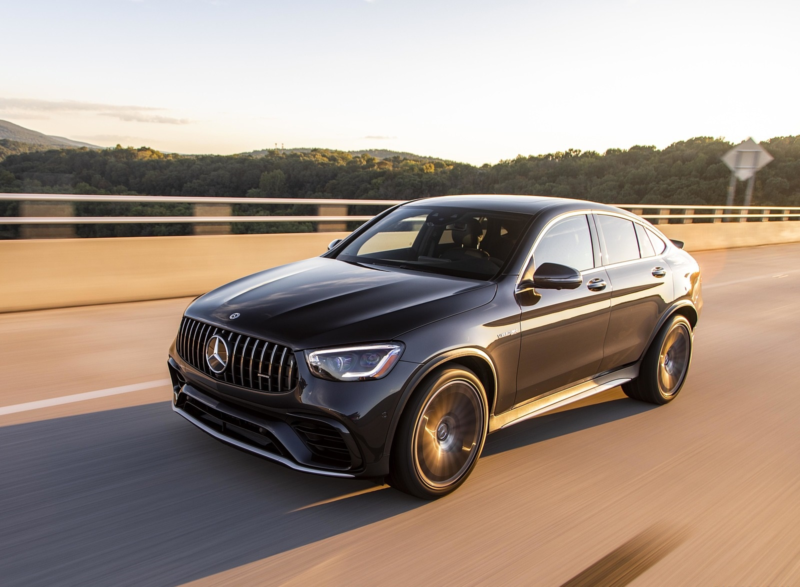 2020 Mercedes-AMG GLC 63 S Coupe (US-Spec) Front Three-Quarter Wallpapers (3)