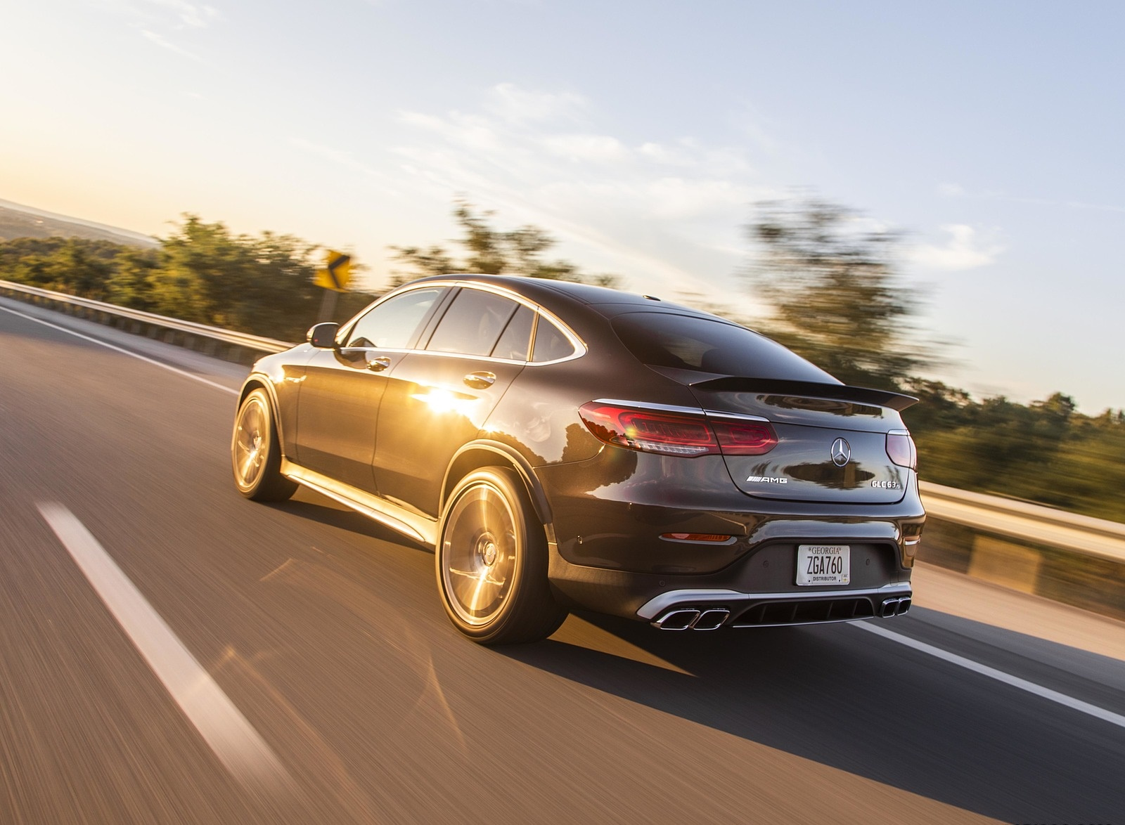 2020 Mercedes-AMG GLC 63 S Coupe (US-Spec) Rear Three-Quarter Wallpapers (9)