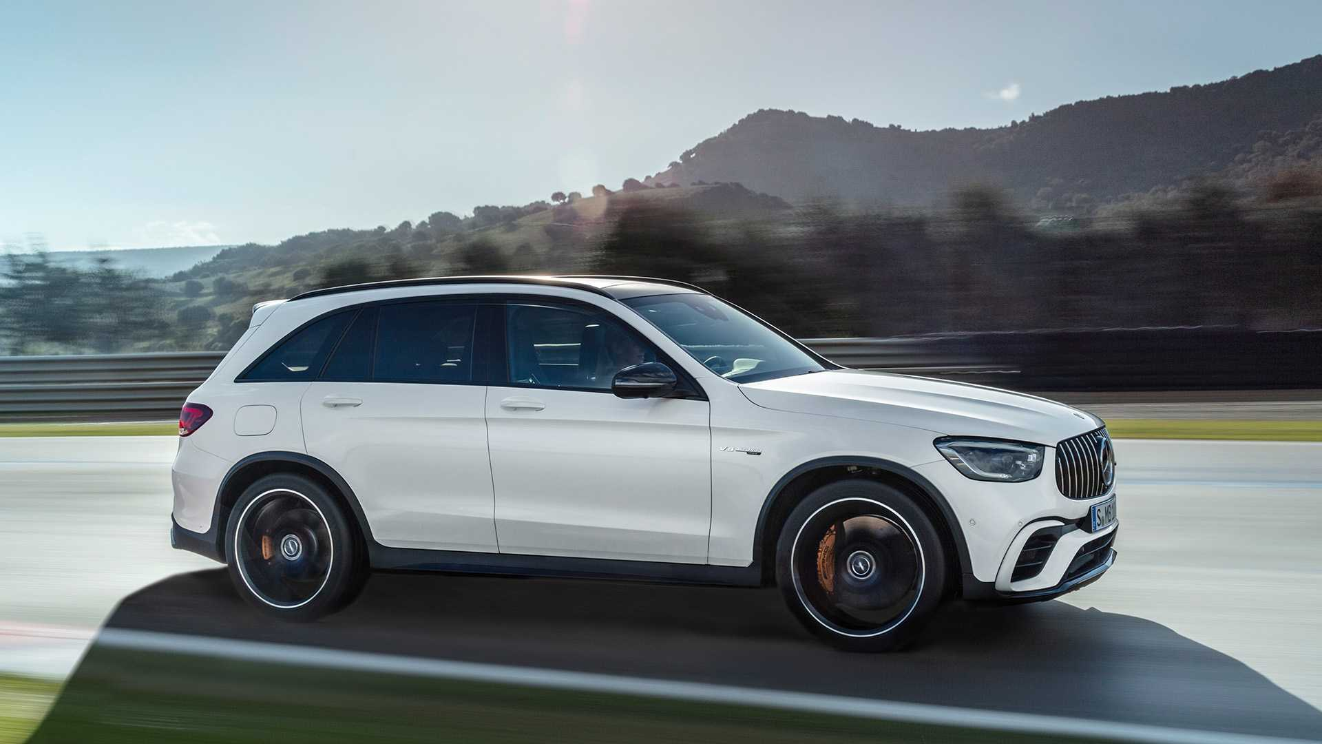 2020 Mercedes-AMG GLC 63 Side Wallpapers (9)