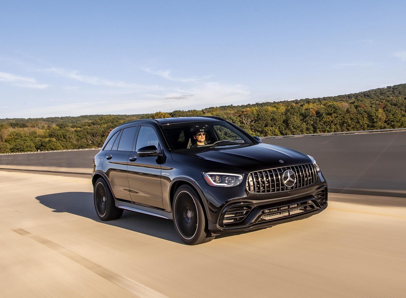 2020 Mercedes-AMG GLC 63 (US-Spec) Front Three-Quarter Wallpapers (2)