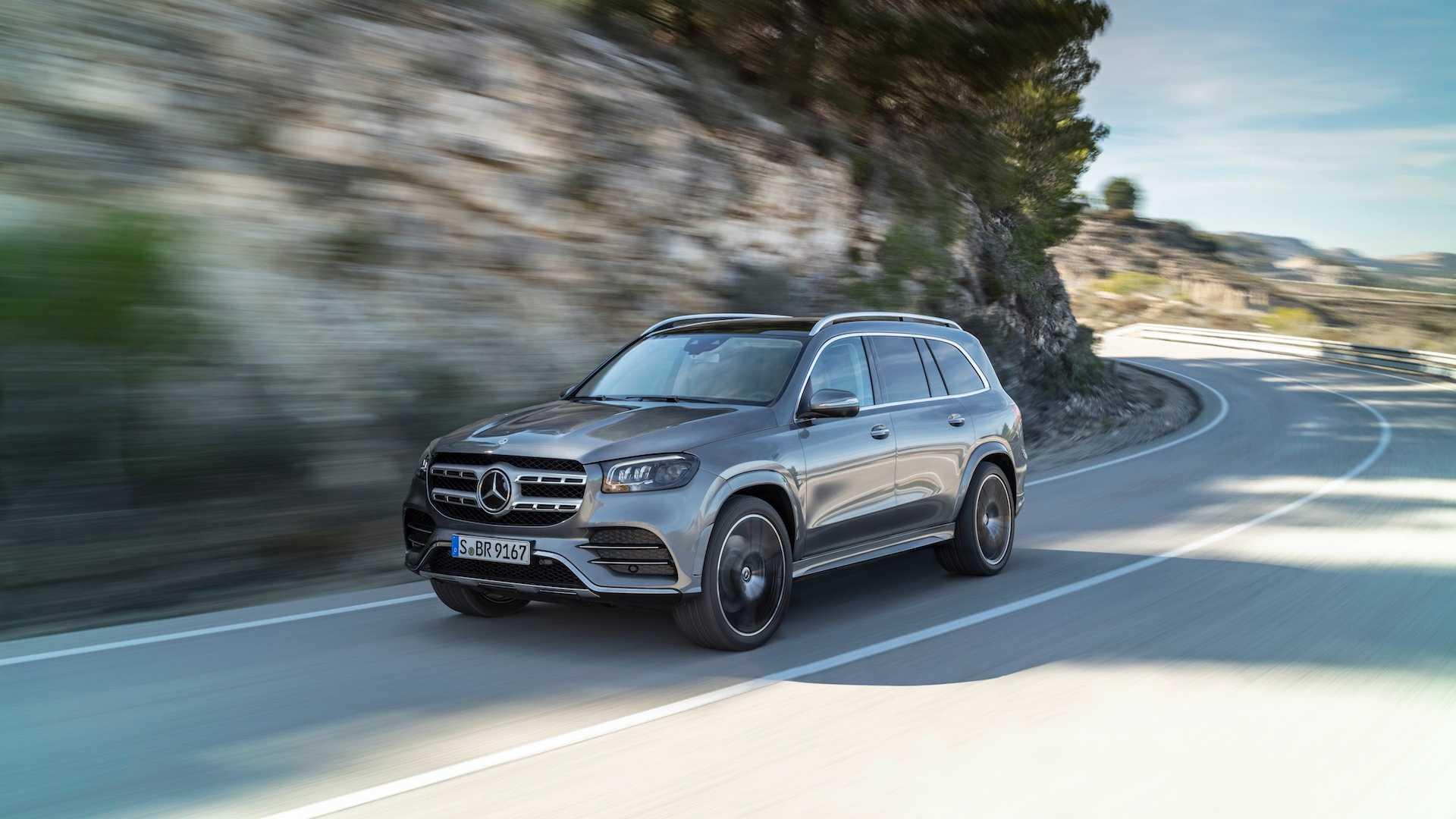 2020 Mercedes-Benz GLS AMG Line (Color: Designo Selenite Grey Metallic) Front Three-Quarter Wallpapers (1)